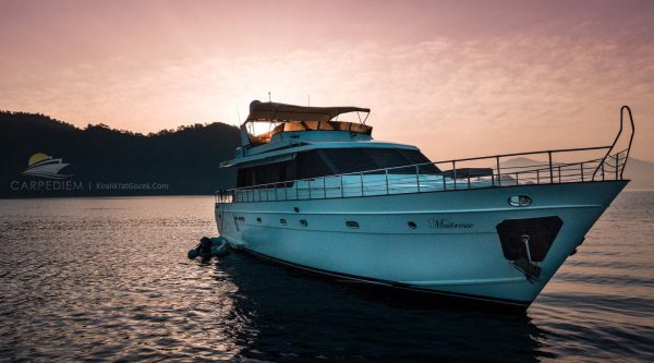 Kiralık Yat Göcek | Maitresse Lüks Motoryat, Göcek Tekne Kiralama, Göcek Yat Kiralama, Göcek Luxury Boat Charter, Gocek Yacht Charter